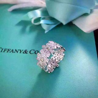 国内発送 Tiffanyティファニー 可愛い指輪リング 花