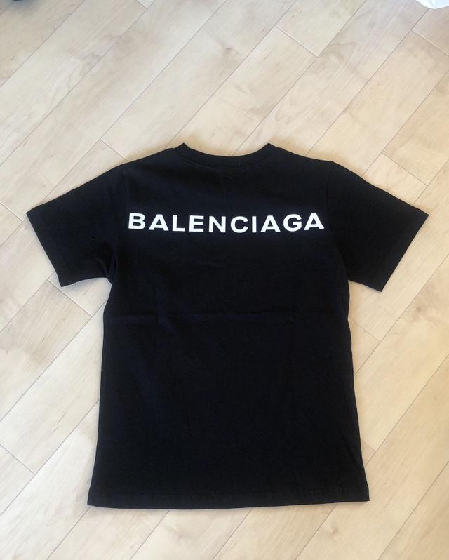 バレンシアガ.パロディTシャツ