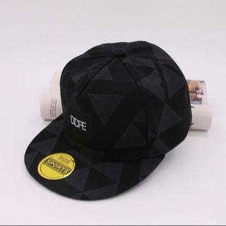 【幾何学模様キャップ 黒】韓流HIPHOPヒップホップ 帽子