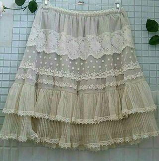 axes刺繍レーススカート