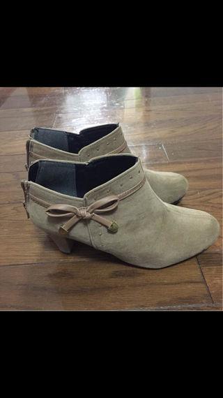 ショート ブーツ