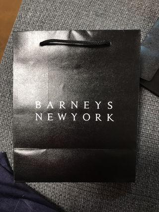 BARNEYS NEWYORK 紙袋