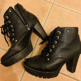 ショートブーツ ブラック