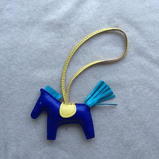 数量限定 本革製 ロデオ PM 馬 ホースチャーム