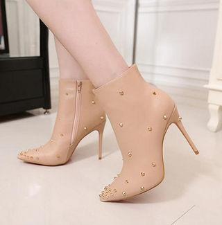 素敵 クリスチャンルブタン ブーツ 人気新品 美脚 CL