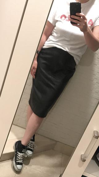 ZARA レザースカート