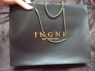 INGNI綺麗で丈夫なプラ製ショップ袋艶黒