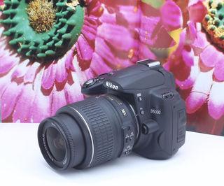 【自撮り】一眼レフニコンD5000【正規品】手振れ補正レンズ