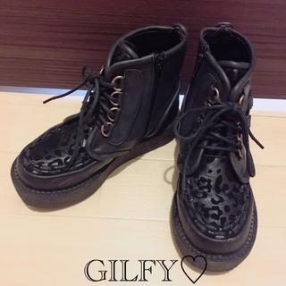 【美品】GILFYヒョウ柄スニーカー ブーツ S