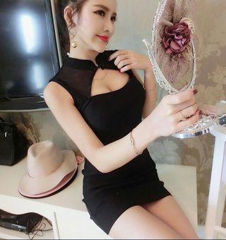 胸元開きブラックセクシーチャイナ風ミニドレス