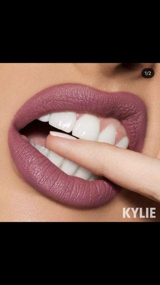 Kylie cosmetics Velvet BOY BYE