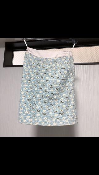 花柄ベロアスカート