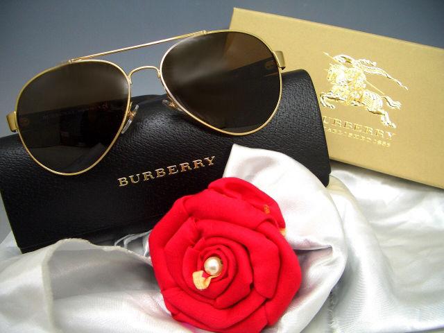 人気のティアドロップモデルBURBERRYサングラス(BURBERRY(バーバリー) ) - フリマアプリ&サイトShoppies[ショッピーズ]