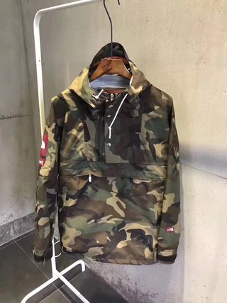 Sup×TNF expedition pullover