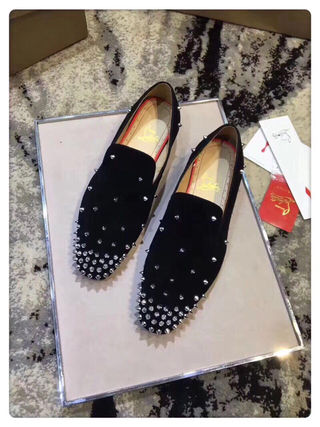 CHRISTIANLOUBOUTIN靴スニーカー国内発送