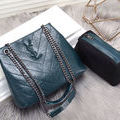 新品大人気YvesSaintlaurentショルダーバッグ