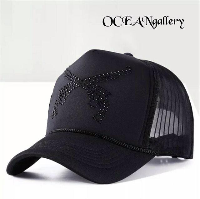 ブラック黒ブラックラインストーン二丁拳銃キャップ 帽子