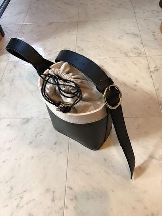 casseliniバケツ型バッグ新品