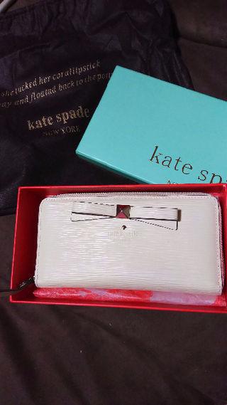 ケイト・スペード 長財布