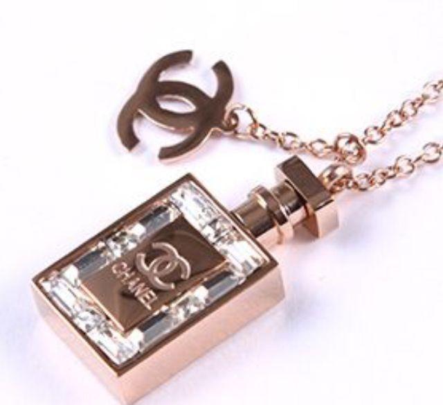 e59e3f52d404 ... CHANEL シャネル 香水ボトルデザイン ネックレス(CHANEL(シャネル) ) - フリマアプリ& ...